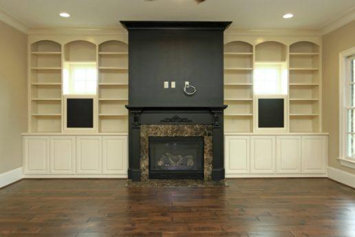 Lot 41 Regency Manor: Fireplace